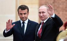 Macron viaja a Rusia para intentar que Putin entre en razón