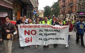 Los jubilados de Uribe Kosta se suman a la defensa de la Nagusien