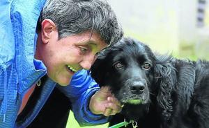La mascota de Blanca Estrella Ruiz: «Yo no quería más animales, pero el perro me eligió»