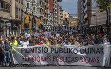 Más de 4.000 personas salen a las calles de Vitoria para reclamar pensiones dignas