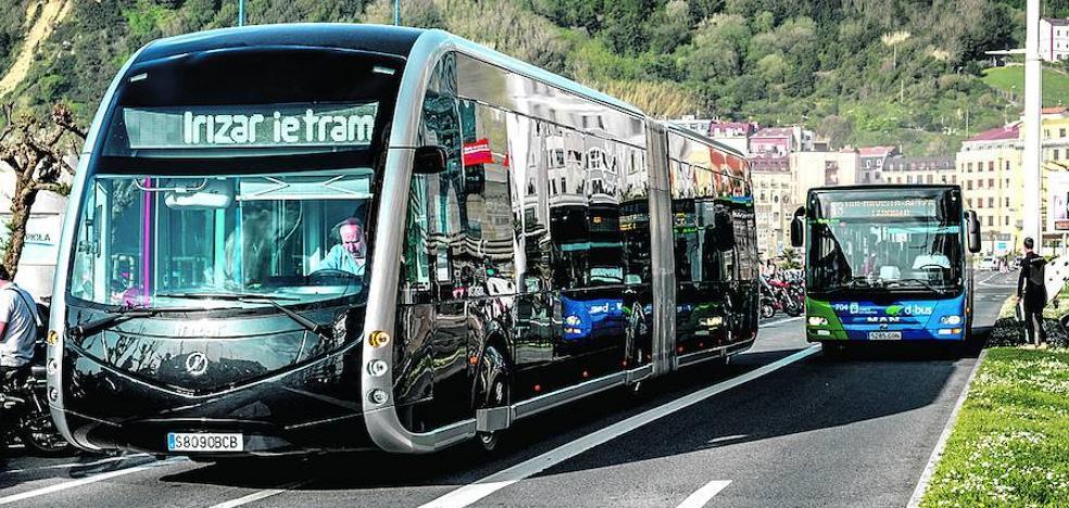 El Ayuntamiento de Vitoria probará dos 'buses exprés' por la ciudad antes de encargar su compra