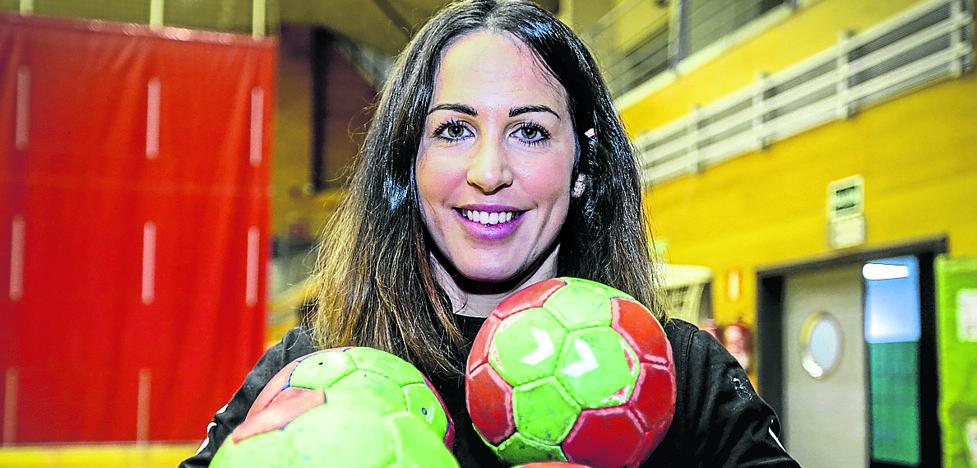 Patri Elorza se despide del balonmano después de 13 años y 112 internacionalidades