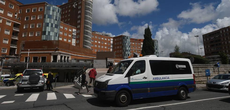 La empresa de las ambulancias retira un ERE anunciado horas antes tras una llamada de Darpón