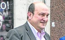 Ortuzar alaba a Rajoy y le señala como «el mejor interlocutor del nacionalismo vasco en el PP»