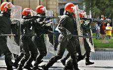 Sindicatos y Gobierno vasco firman la paz social en la Ertzaintza