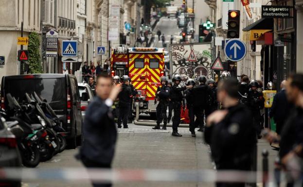 Gran despliegue policial por toma de rehenes en París [FOTOS — Francia