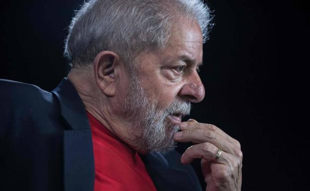 Juez brasileño cancela la orden de liberación de Lula da Silva