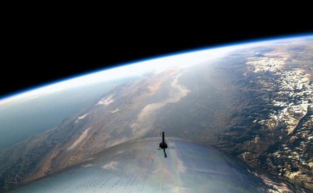 Virgin Galactic a un paso del turismo espacial