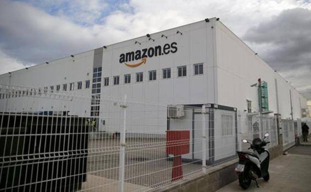 Trabajadores de Amazon en España retomaron huelgas por mejora salarial