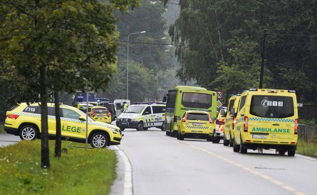 Investigan tiroteo en mezquita de Noruega como terrorista
