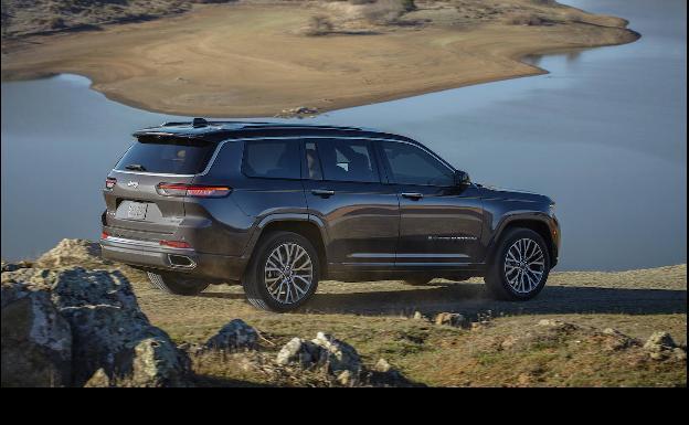Jeep Grand Cherokee 2021, más capacidad en todo