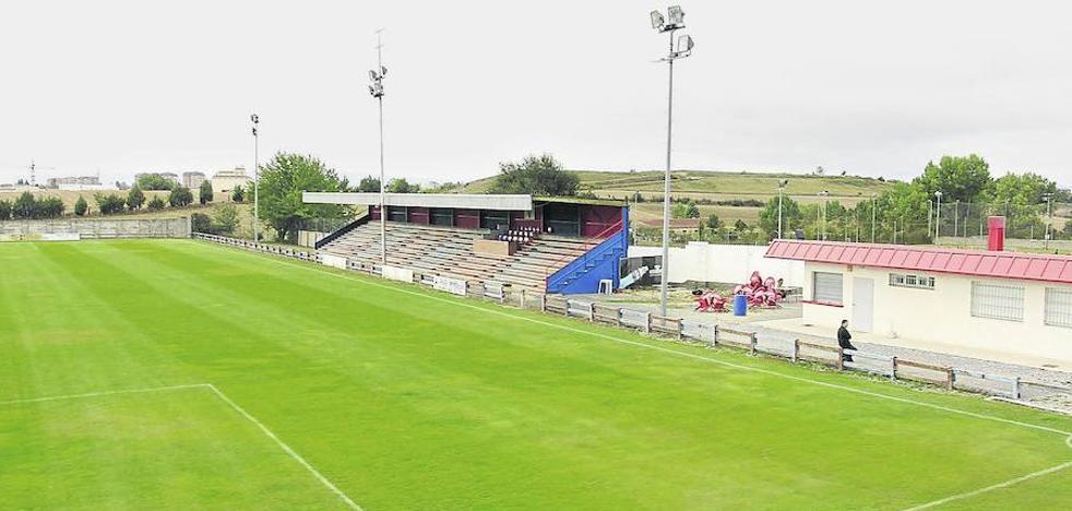 El Vitoria, filial del Eibar, pide jugar en el campo municipal de Olaranbe sus partidos de Segunda B