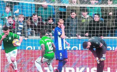 El Alavés es el equipo con más penaltis en contra de la Liga