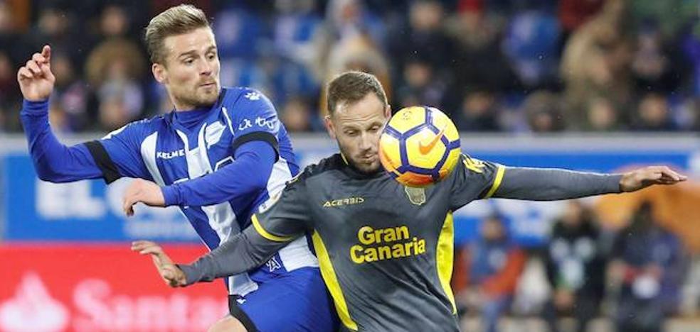 Santos deja el Alavés para poner rumbo a Coruña