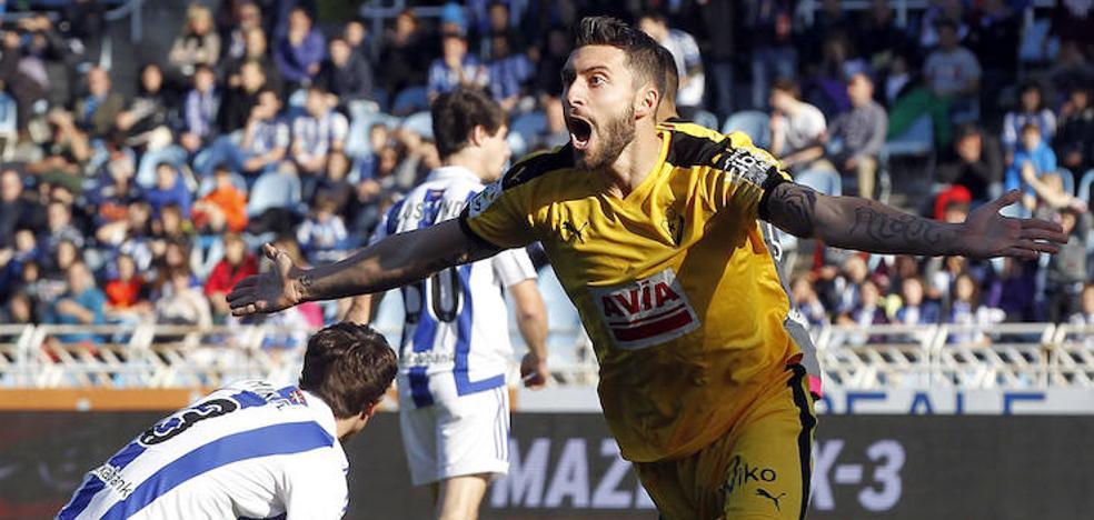 El Alavés refuerza su delantera con Borja Bastón