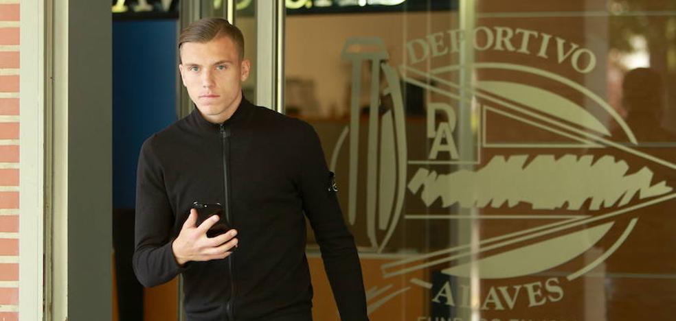 Demirovic se estrena en la selección absoluta bosnia