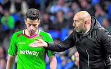 Abelardo: «Los jugadores me han regalado un año maravilloso»
