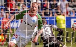 Vídeos con el resumen y los goles del Huesca - Alavés