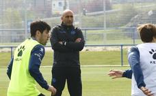 Abelardo: «Mi futuro está aparcado hasta final de temporada»