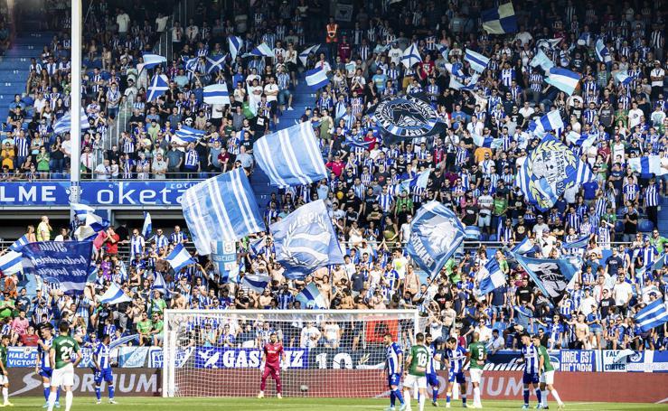 El partido Alavés - Espanyol, en imágenes