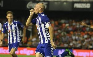 El Alavés rendirá homenaje a Toquero ante el Sevilla