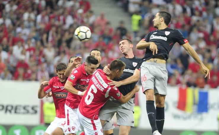 Las mejores imágenes del Dinamo de Bucarest - Athletic de la previa de la Europa League