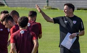 Guruzeta, Nolaskoain y Sancet se quedan en el primer equipo