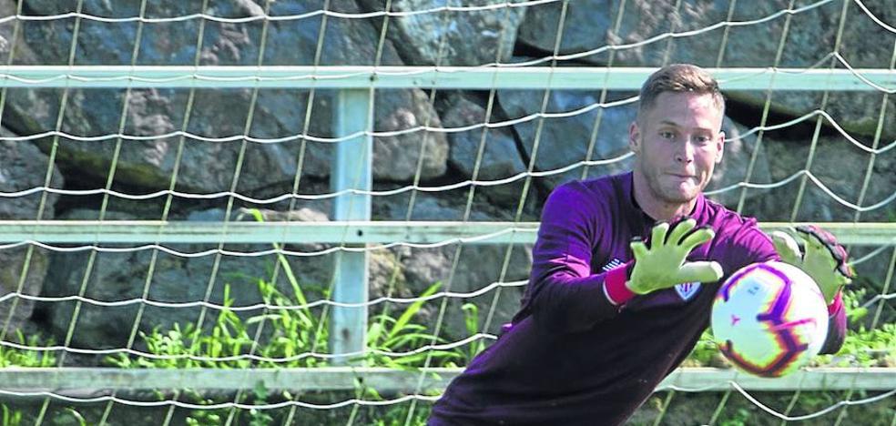 Álex Remiro presentará a principios de septiembre su demanda económica al Athletic