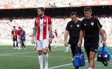 Iñigo Martínez, lesionado, seria duda contra la Real