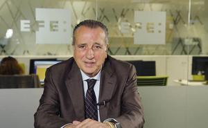 El presidente del Villarreal revela que no hubo comida con el Athletic porque le fichó a un cadete