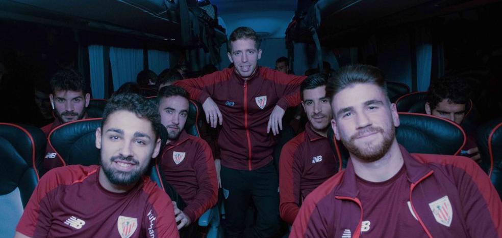 La niebla impide al Athletic aterrizar en Huesca y le obliga a viajar en autobús