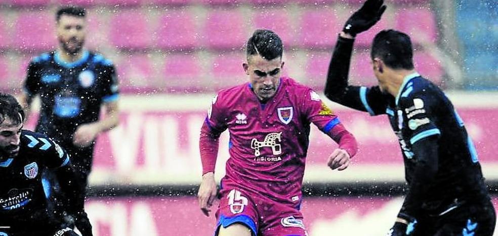 Athletic y Real siguen muy de cerca al futbolista del Numancia Alain Oyarzun