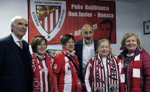 Elizegi visita a la única peña rojiblanca en Huesca
