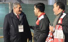 Un empleado del Athletic 'cuidará' de los aficionados en los viajes