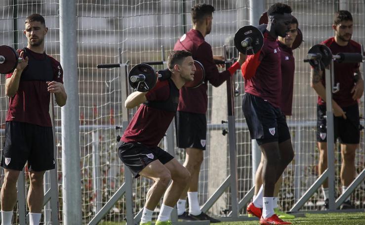 El Athletic se entrena duro para recibir al Atlético