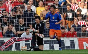 San Mamés también aplaudió a Zidane, Xavi, Mendieta, Villa, Juanito...