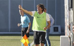 El club valora fichar a Patxi Salinas para entrenar al Basconia