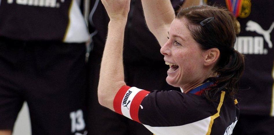 El Athletic vuelve a ser pionero en el reconocimiento del fútbol femenino