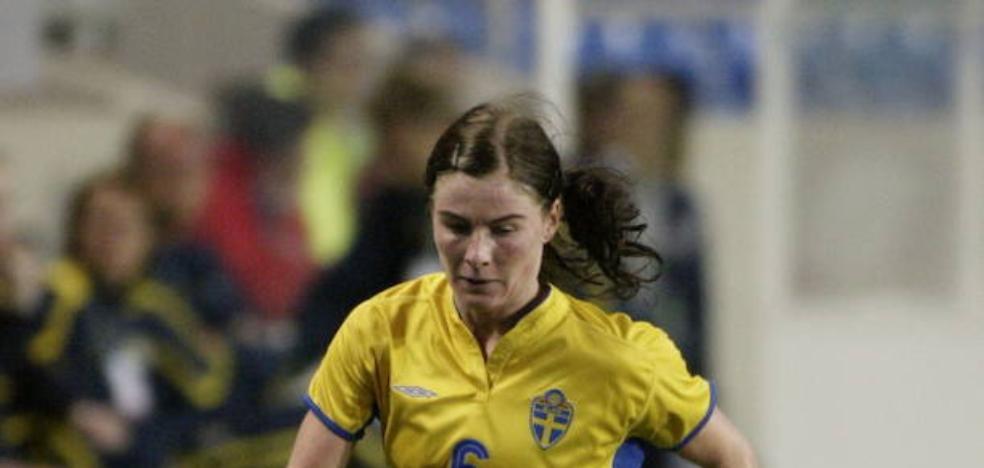 Moström recibirá su premio a la fidelidad el sábado en el descanso del derbi