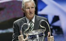 Muere McNeill, el One Club Man del Athletic de este año