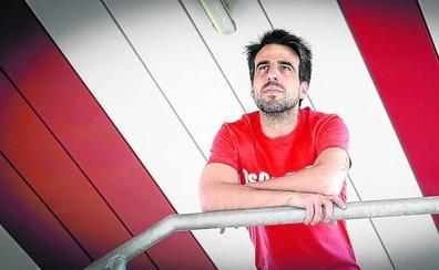 Beñat Etxebarria: «Meter al Athletic en Europa me quitaría la espina del penalti que fallé en el Pizjuán»