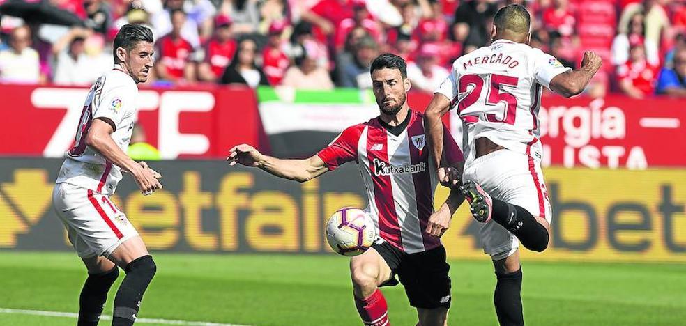 El Athletic espera conocer esta semana si Aduriz renueva o se retira