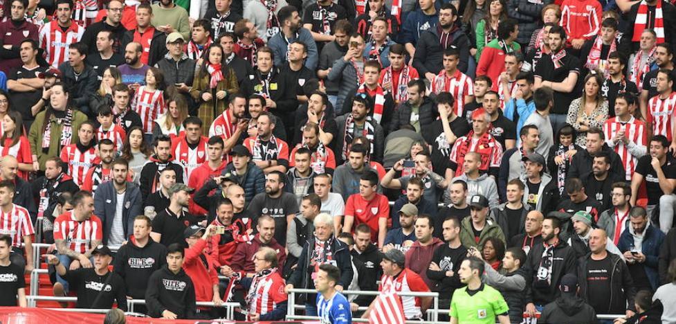 El Athletic propone a socios cambiar de localidad para situar la grada de animación tras una portería