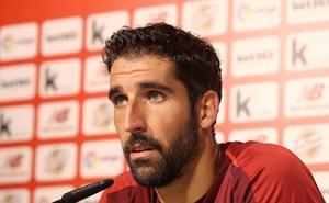 Raúl García amplía su contrato hasta junio de 2021 y sin cláusula de rescisión