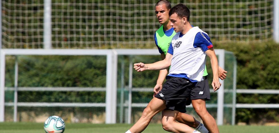 Íñigo Vicente ve con buenos ojos ir cedido al Mirandés, que ya ha contactado con el Athletic
