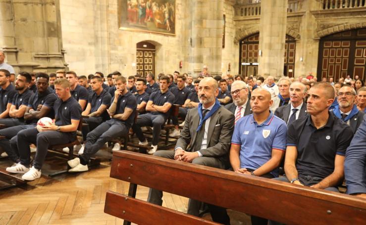 Ofrenda del Athletic a la Amatxu de Begoña