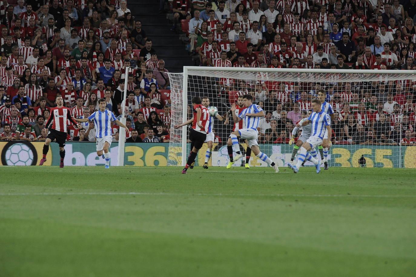 El derbi entre el Athletic y la Real Sociedad, en imágenes