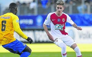 El Athletic propuso al Mónaco traer cedido a Robert Navarro