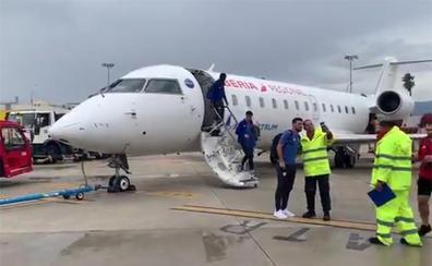 El Athletic aterriza en Palma con más de dos horas de retraso por la gran tormenta sobre Mallorca