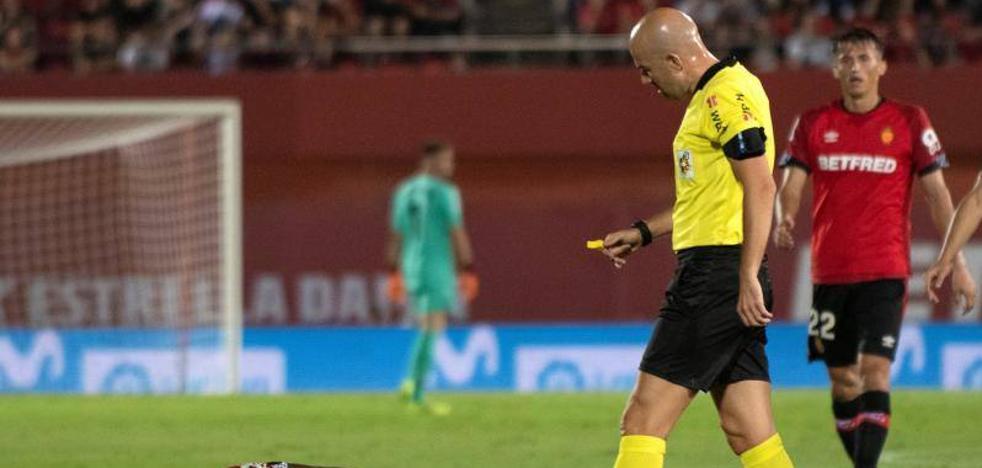 El árbitro denuncia «lanzamiento de varias botellas» en el Mallorca-Athletic